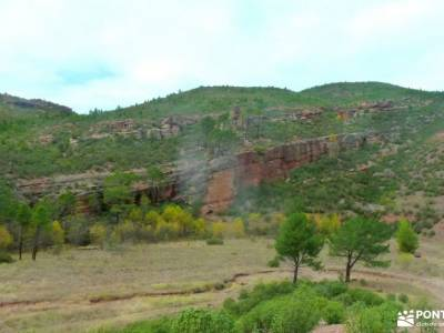 Valle de los Milagros-Cueva de la Hoz; rutas de senderismo por españa viajes fin de semana desde ma